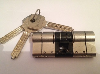 anti snap locks fitted in Tamworth for business and domestic purposes.